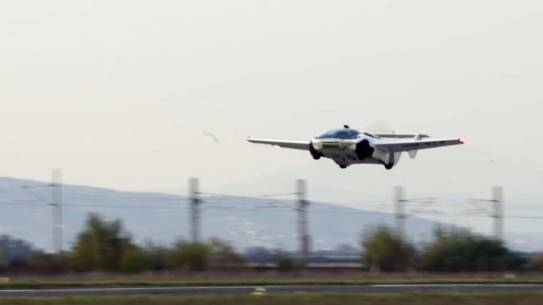 Na Słowacji przetestowano latający samochód. Producent opublikował nagranie